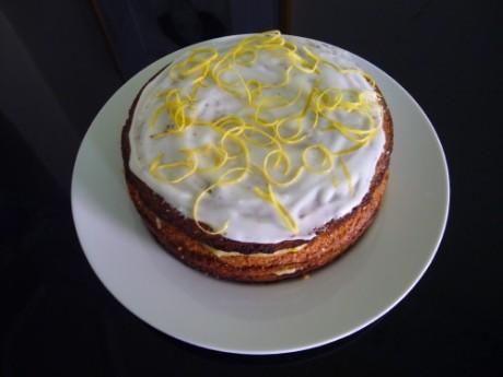 Lemoncurd Layer Cake