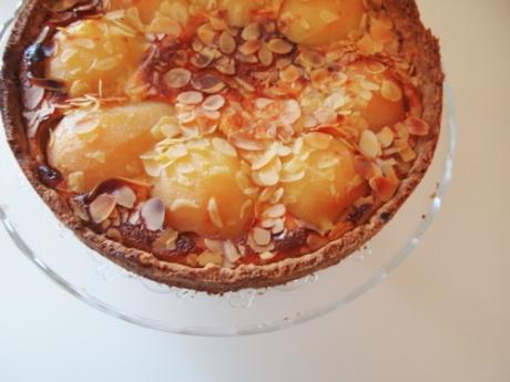 Mandel-Crème fraîche Birnenkuchen | Kochen für Schlampen